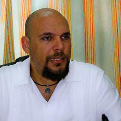 Dan camioneta blindada y escoltas a secretario de la Contraloría en Quintana Roo; confirma haber recibido amenazas