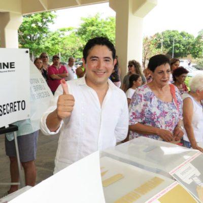Vota el 'Simi Chanito' y pide a ciudadanos no dejar de asistir a las urnas
