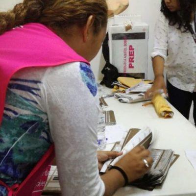 Continúa el Distrito 01 del INE con el conteo de paquetes electorales federales en Playa del Carmen