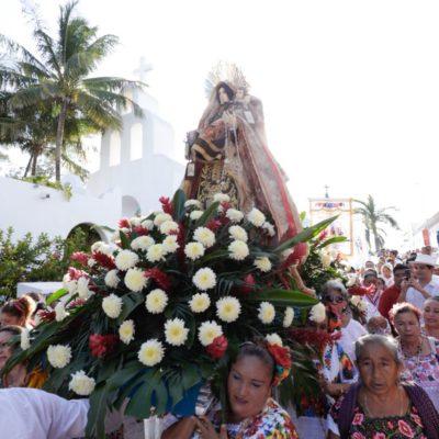 """""""PLAYA DEL CARMEN MANTIENE VIVAS SUS TRADICIONES"""": Realizan fiesta en honor a la Virgen del Carmen"""
