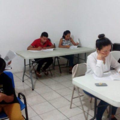 Poca asistencia a la Primera Jornada Nacional de Incorporación y Acreditación de la Palabra en Playa del Carmen; autoridades piden a ciudadanos acercarse a las instalaciones para continuar con sus estudios
