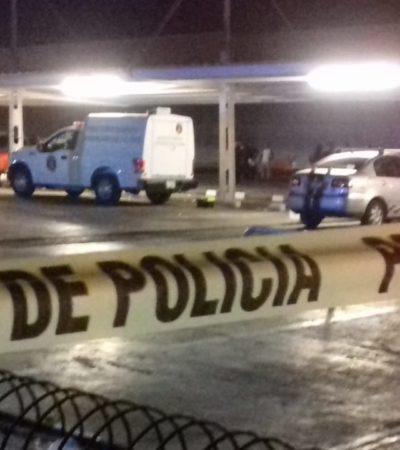 OTRO VIOLENTO SÁBADO EN CANCÚN: Dos ataques a balazos dejan un muerto en estacionamiento de supermercado en la SM 218 y un herido en Villas Otoch Paraíso