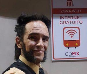 El 'Wolverine mexicano' es el conductor más amable del metro en la Ciudad de México