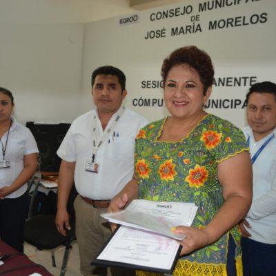 Sofía Alcocer recibe constancia de mayoría en José María Morelos