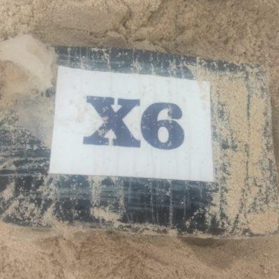 Recala paquete de cocaína en playa de la Riviera Maya