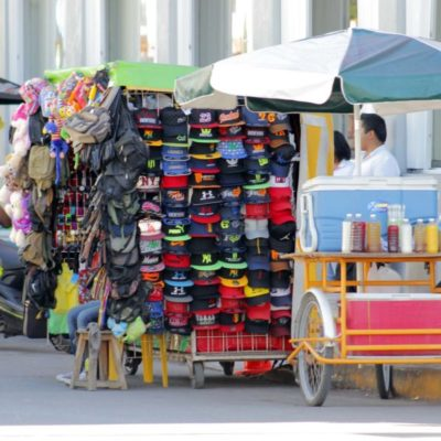 Ayuntamiento de Solidaridad entregará un padrón actualizado de comercio ambulante a la siguiente administración