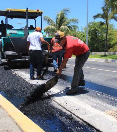 Avanzan trabajos de renovación de carpeta asfáltica en zona hotelera, asegura Juan González Castelán, delegado de Fonatur