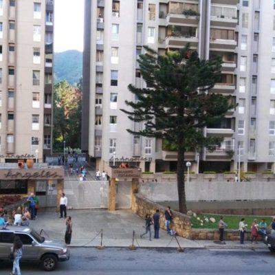 PRELIMINAR | Fuerte sismo de 7.3 grados sacude a Venezuela