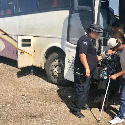 TORTUOSO VIAJE DE 35 HORAS: Auxilian a 60 pasajeros deshidratados que iban de Baja California a Chiapas