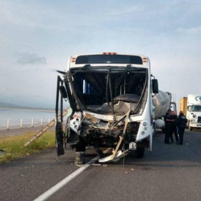 Deja 27 lesionados accidente carretero ocurrido en la autopista  Colima-Guadalajara