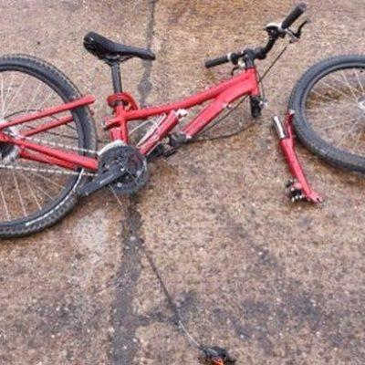ACCIDENTE CON SUERTE: Ciclista es arrollado, pero no sufre lesiones graves y federales impiden fuga del responsable
