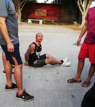 CANSADOS DE LA INSEGURIDAD EN CANCÚN: Vecinos de Tierra Maya capturan y golpean a ladrón que asaltó a estudiante