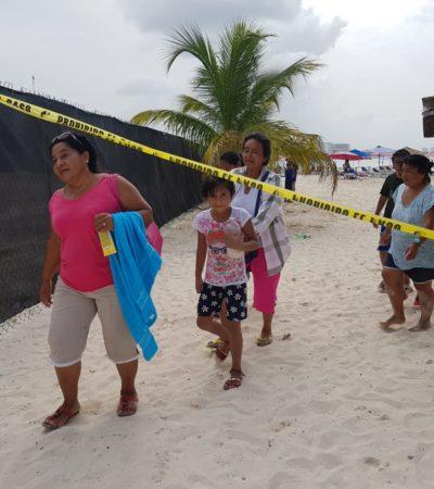 Continúa cerrada Playa Langosta por sospechoso derrame desde el subsuelo