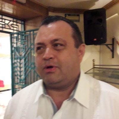 """""""Candidatura a diputado es sólo un rumor, por ahora"""", dice Eloy Peniche"""