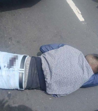 Atraca menor de edad a automovilista con arma de 'juguete' y su víctima resulta ser policía