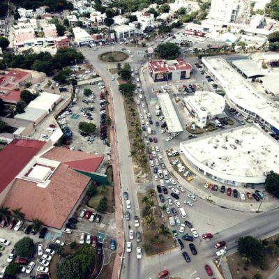 INICIAN LOS PARES VIALES: Con algunos choques, entra en funciones el cambio de circulacón en la Avenida Xcaret de Cancún
