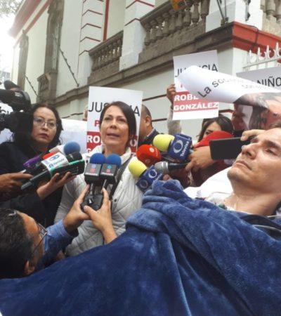 Denuncia esposa de Roberto González irregularidades de la Fiscalía que han permitido que sus agresores sigan impunes