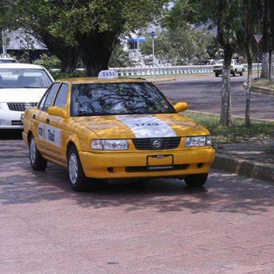 Huye taxista por temor a plagio pero eran policías que lo buscaban con una orden de presentación