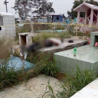 Hombre se quita la vida sobre la tumba de su hija; la menor falleció hace un mes en un accidente doméstico
