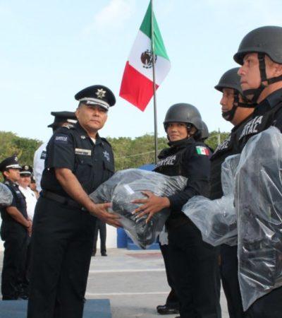 La Policía Estatal recibe equipo, patrullas y uniformes