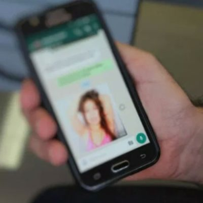 Desmantelan en España red internacional de pornografía infantil que funcionaba por 'WhatsApp'