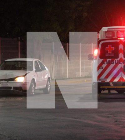 SEGUNDO ATAQUE A BALAZOS AFUERA DE LA UNIVERSIDAD DEL CARIBE: Reportan al menos dos personas heridas graves tras disparos contra un automóvil en la SM 77 de Cancún