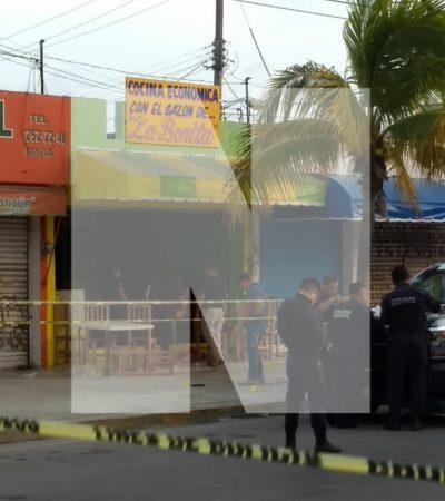 EJECUCIÓN EN LA SM 63 DE CANCÚN: Matan en cocina económica a un hombre que huía tras presunta riña en un bar de la López Portillo
