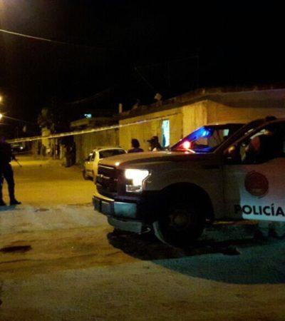 Con heridas de bala en las piernas y con el rostro cubierto, abandonan con vida a un joven de 22 años en la colonia Fidel Velázquez de Cancún