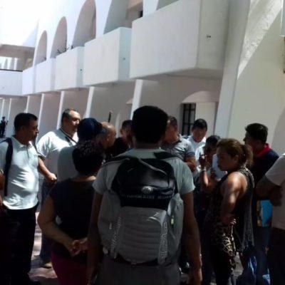 """DEJAN A UN CENTENAR DE POLICÍAS SIN FORTASEG: Inconformidad de uniformados de Cancún porque no recibieron pago prometido por una """"cuestión administrativa"""""""