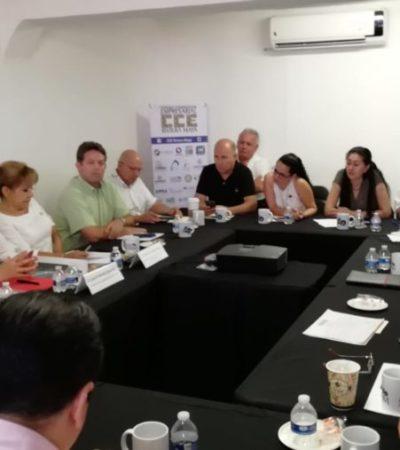Se reúnen empresarios con Laura Beristaín en Playa