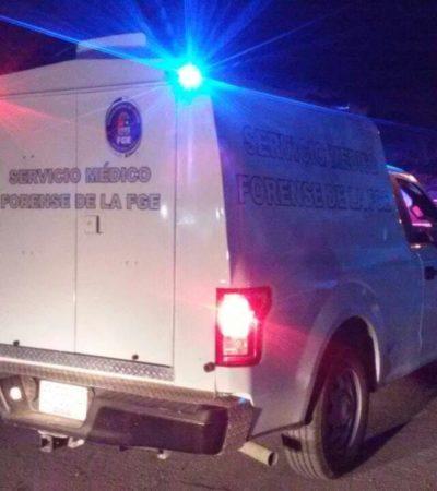 AMARRADO DE PIES Y MANOS LE DISPARARON: Aparece hombre ejecutado en la SM 205, en las inmediaciones del exclusivo fraccionamiento Lagos del Sol en Cancún