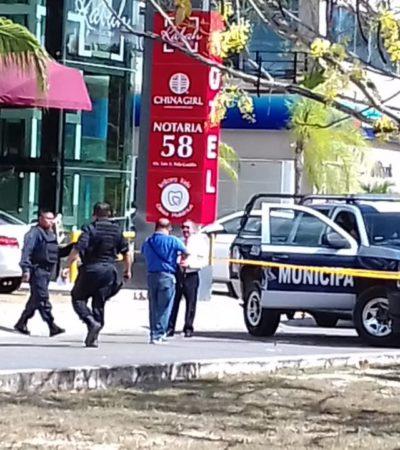 Otro asalto afuera de un banco en Cancún deja dos heridos de bala y un botín de al menos 86 mil pesos; en Playa también atracan a joven y le quitan 44 mil pesos