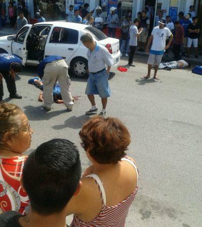 DOBLE EJECUCIÓN POR EL SINDICATO DE TAXISTAS: Rafaguean a dos hombres y quedan tirados en plena vía pública en la Región 91 de Cancún