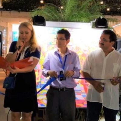 La Asociación de Artistas de Playa del Carmen inaugura la primera exposición colectiva en la zona turística