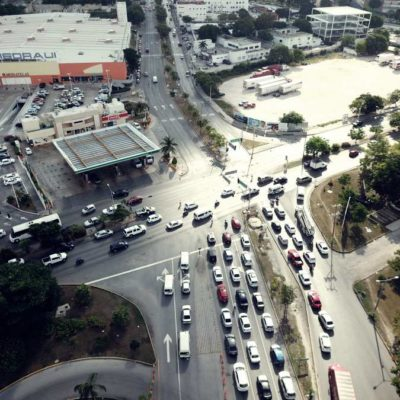 ENTRA EN OPERACIÓN EL PAR VIAL EN LA COBÁ: Funciona sin mayores problemas el nuevo cambio en la circulación en una de las principales avenidas de Cancún