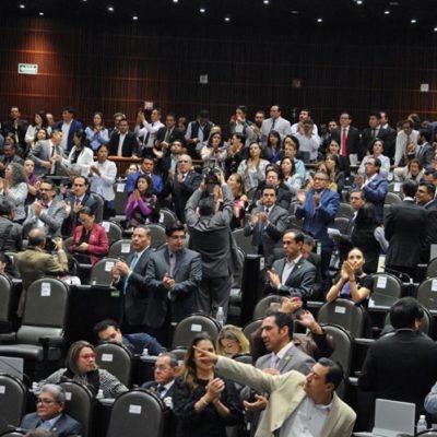 Tras protesta de activistas y artistas, las bancadas del PES y Morena intercambian comisiones de Salud y Cultura y Cinematografía