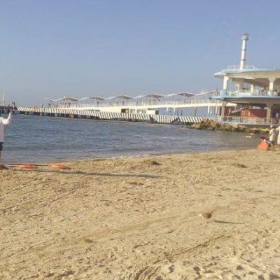 Sargazo da tregua en Playa del Carmen, pero continúan con trabajos de modificación de barreras