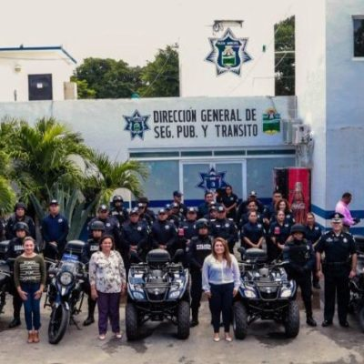 Entrega Alcaldesa de Tulum motocicletas y cuatrimotos con recursos del subsidio FORTASEG 2018