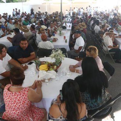 Agradece gobierno a trabajadores municipales esfuerzo durante desayuno por día del Adulto Mayor en Cancún