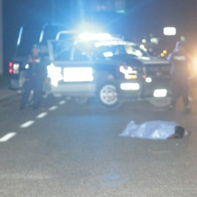 Muere hombre arrollado en la carretera por Puerto Aventuras