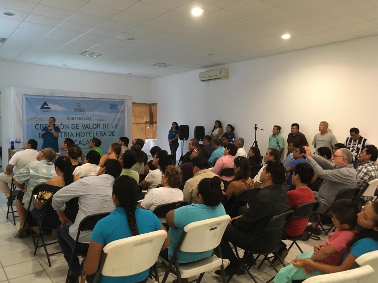 Urge dar alternativas turísticas a la laguna en Bacalar