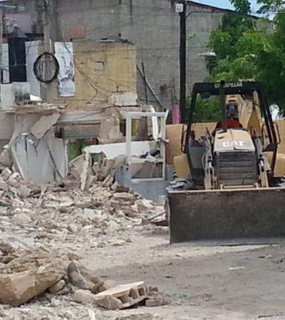 Rescatan de demolición a dos casas de madera en Chetumal