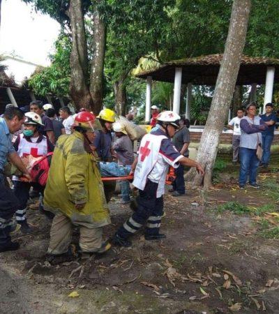 Deja dos muertos y tres lesionados desplome en palapa de Seminario Menor de Chiapas