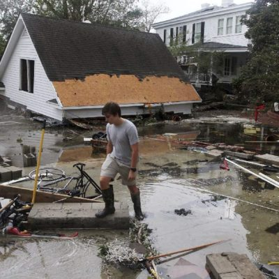 Declara Trump emergencia en Carolina del Sur por tormenta 'Florence'; 17 muertos y daños millonarios
