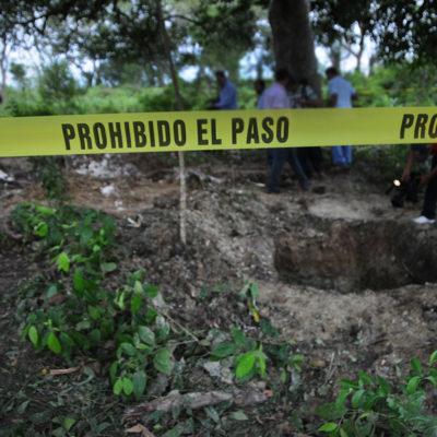 Reprochan colectivos que Fiscalía de Veracruz los relegó de la exhumación en nuevas narcofosas