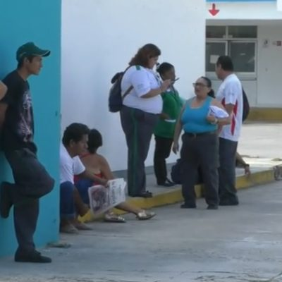 En paro, guardias de seguridad privada del Hospital General de Chetumal
