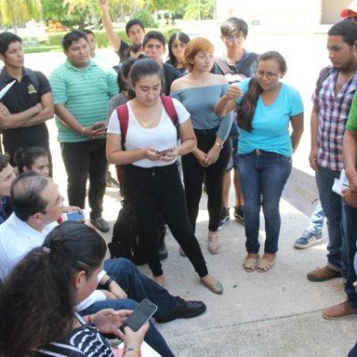 Se manifiestas estudiantes de la Uqroo por modificación en los esquemas de pago de las colegiaturas