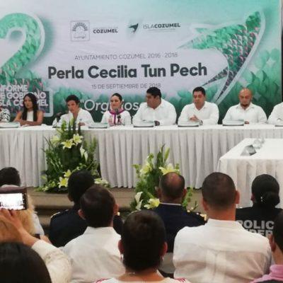 DEJAN 'SOLITA' A PERLA TUN: Sin regidores de oposición ni representantes de los poderes estatales, la Alcaldesa presenta su segundo y último informe en Cozumel