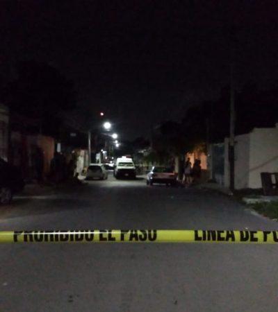 ATAQUE A BALAZOS PARA TERMINAR EL DOMINGO: Un muerto y dos heridos por disparos en la Región 94 de Cancún
