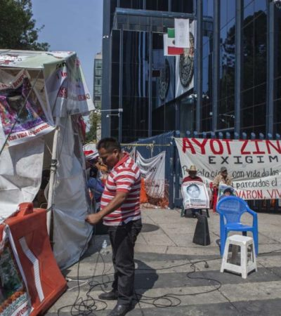 Obtienen auto de libertad ocho implicados en caso Ayotzinapa por fallas procesales no por inocencia